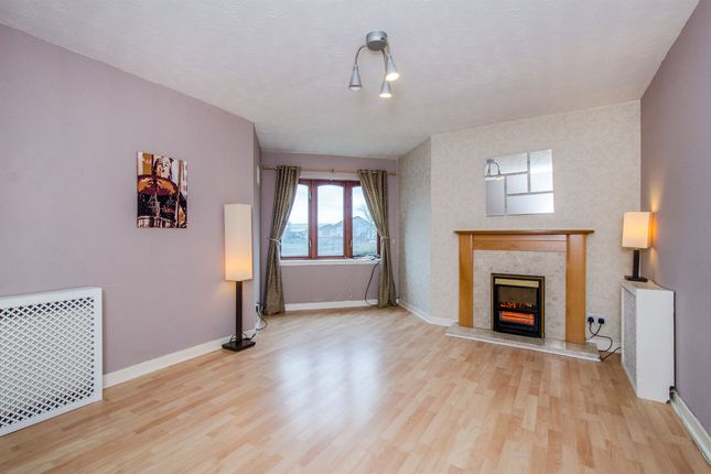 Thumbnail Flat for sale in Russell Street, Johnstone