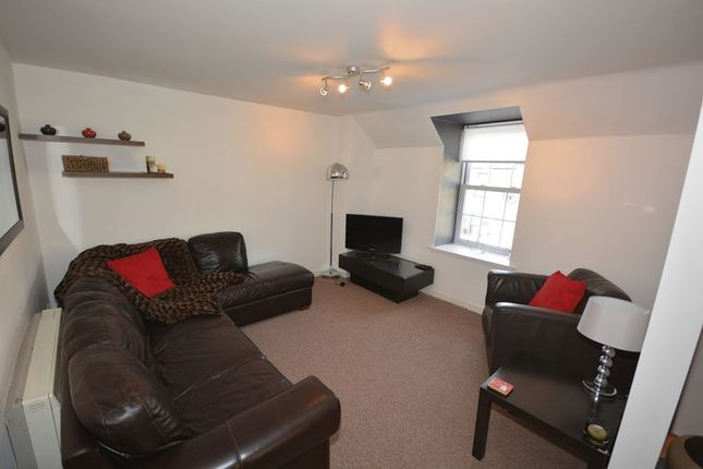 Thumbnail Flat for sale in North Church Street, Callander