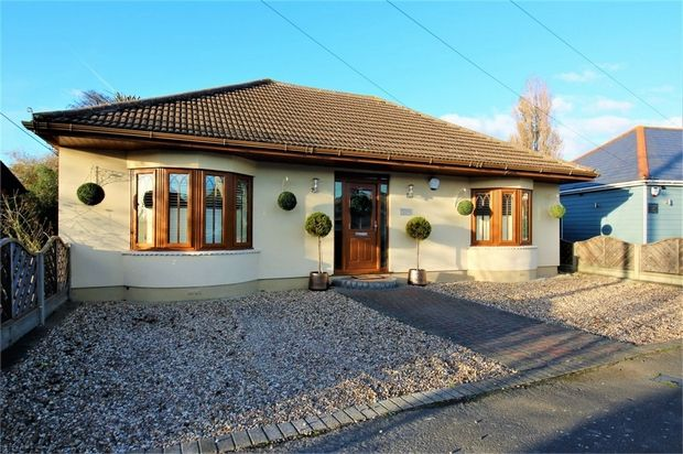 Thumbnail Detached bungalow for sale in The Driveway, Canvey Island, Essex