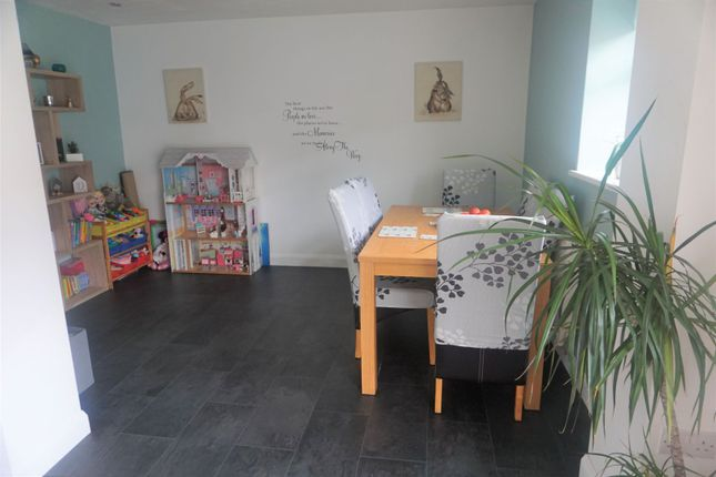 Dining Area of New Forest Way, Kingswood, Hull HU7