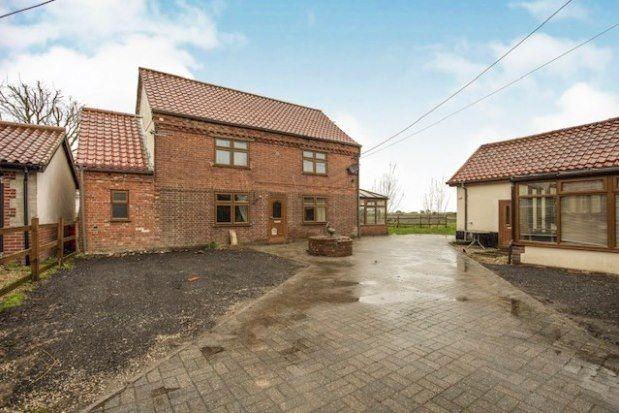 Thumbnail Cottage to rent in Little Ellingham, Attleborough