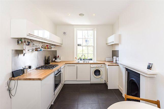 Picture No. 14 of Moreton Terrace, London SW1V
