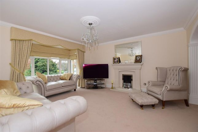 4 bed detached house for sale in Rectory Meadow, Southfleet, Gravesend, Kent