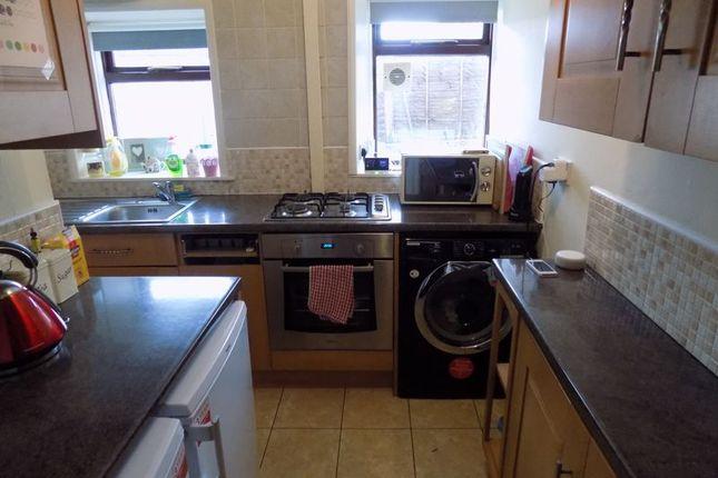 Kitchen of Cliffe View, Allerton, Bradford BD15