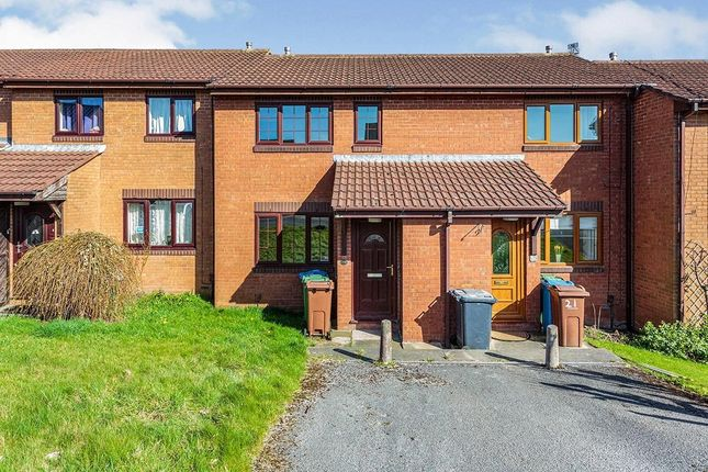 2 bed terraced house to rent in Hillview Road, Wesham, Preston PR4
