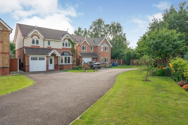 Thumbnail Detached house for sale in Woodale Close, Great Sankey, Warrington, Cheshire