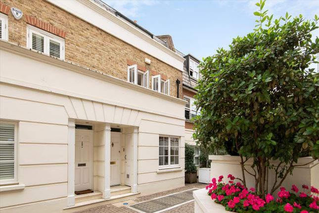 Image of College Place, Chelsea, London SW10