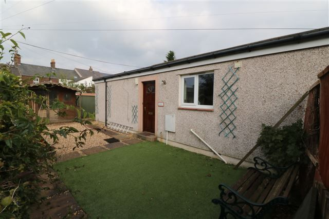 Thumbnail Bungalow to rent in Etterby Street, Carlisle