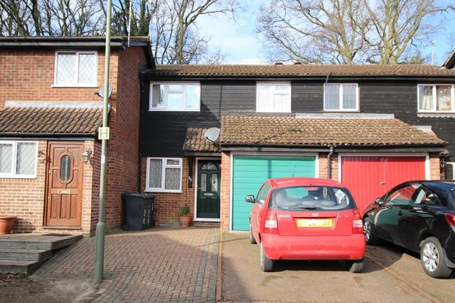 Thumbnail Terraced house for sale in Marshalls Close, London