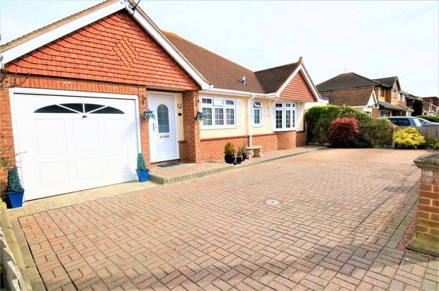 Thumbnail Detached bungalow for sale in Ash Road, Canvey Island, Essex