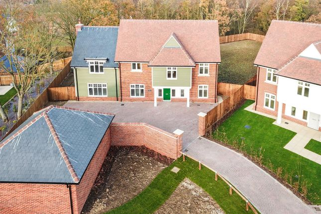 Thumbnail Detached house for sale in The Brackens, Benfleet