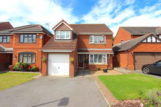 Thumbnail Detached house for sale in Roman Way, Syston, Leicester