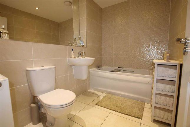 Bathroom / WC: of Whitstable Mews, Wortley, Leeds, West Yorkshire LS12