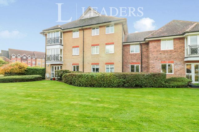 2 bed flat to rent in Loxley Court, Crane Mead, Ware SG12