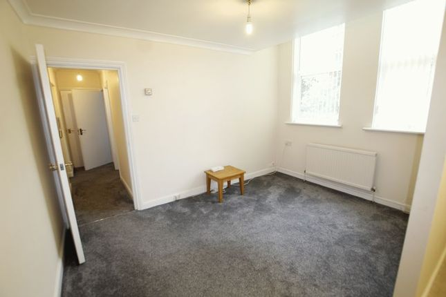 Thumbnail Flat to rent in The Firs, Nottingham