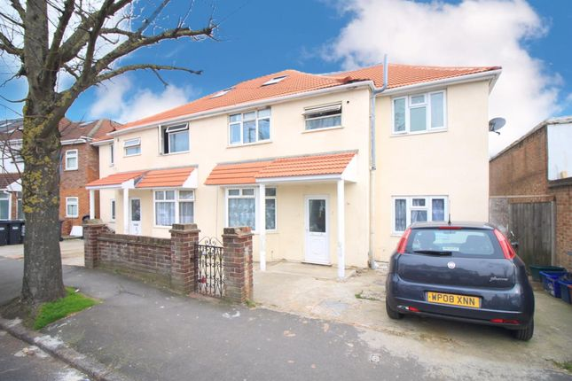 Thumbnail Detached house for sale in Walnut Tree Road, Heston