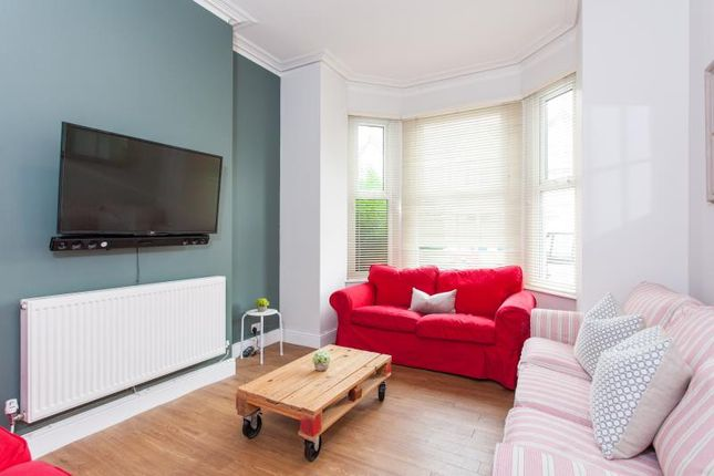 Thumbnail Shared accommodation to rent in Llanishen Street, Cardiff