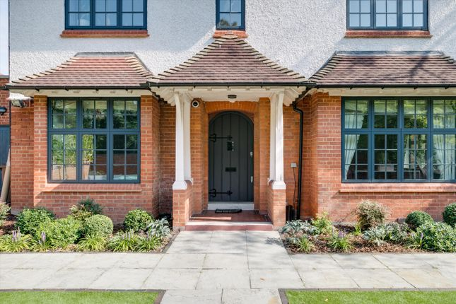 Thumbnail Detached house for sale in Garrads Road, London