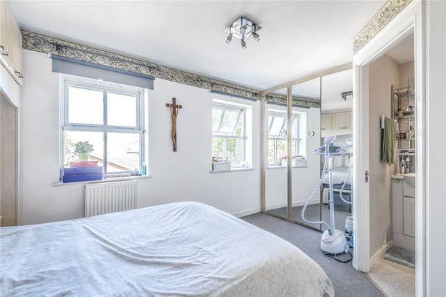 Terraced house for sale in Winterburn Close, Friern Barnet, London