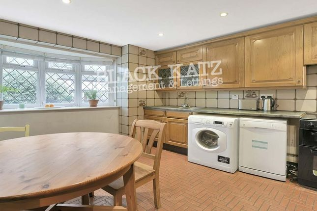Thumbnail Town house to rent in Decima Street, London