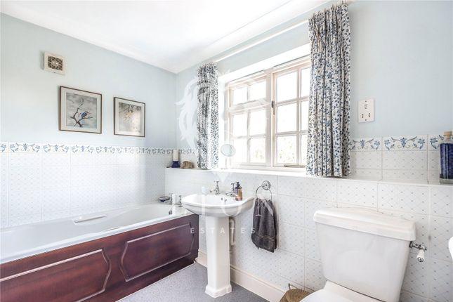 Bathroom of Walton Road, Walnut Tree, Milton Keynes MK7