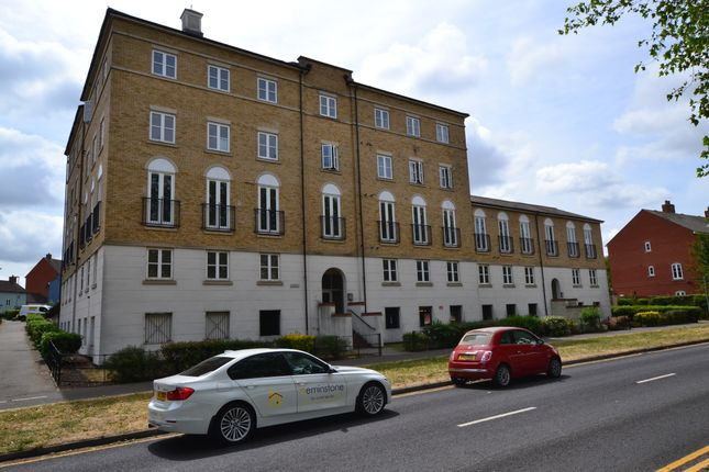 Flat for sale in Benedict House, Circular Road South, Colchester, Essex