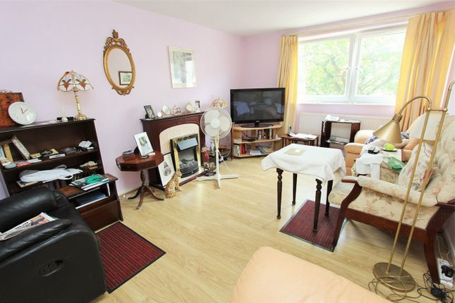 1 bed flat for sale in Sackville House, Myddelton Road, Hornsey