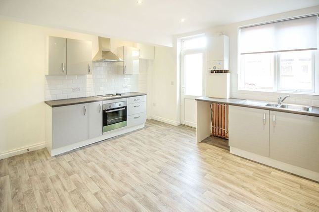 Thumbnail Terraced house to rent in Cross Flatts Grove, Beeston, Leeds