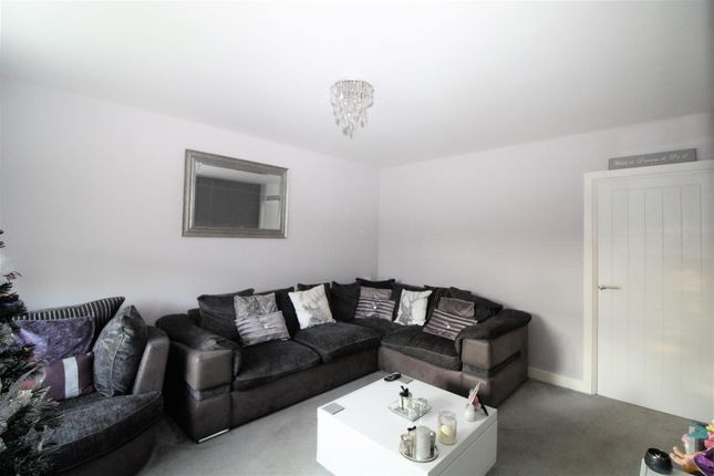 Lounge of Stamford Drive, Basildon SS15