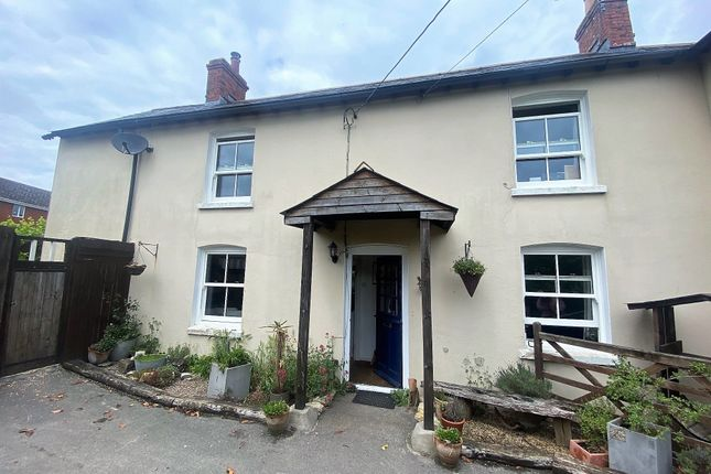4 bed semi-detached house to rent in Back Street, East Stour, Gillingham SP8
