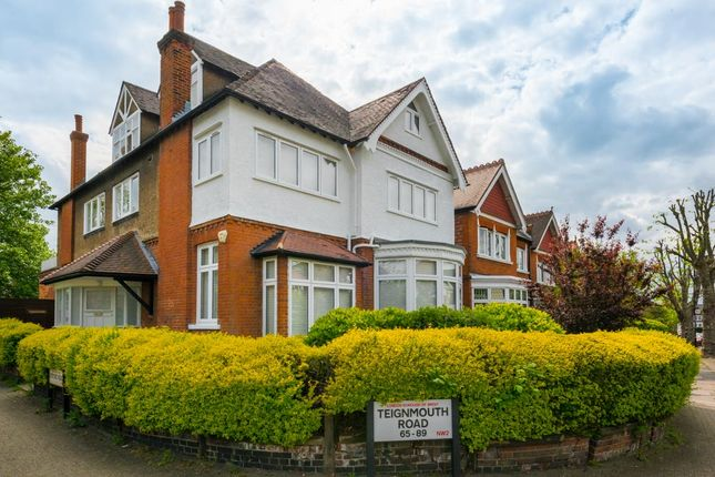 3 bed flat for sale in Teignmouth Road, Mapesbury, London NW2