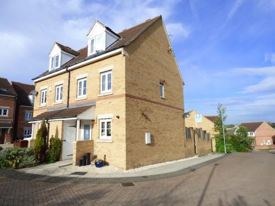 Thumbnail Semi-detached house to rent in Jasmine Gardens, Castleford