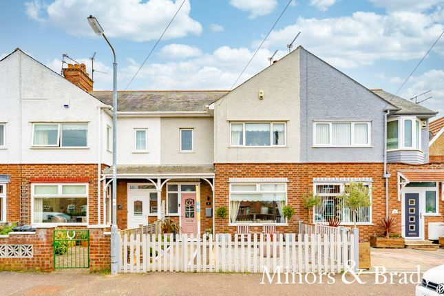 3 bed terraced house for sale in Onslow Avenue, Great Yarmouth NR30