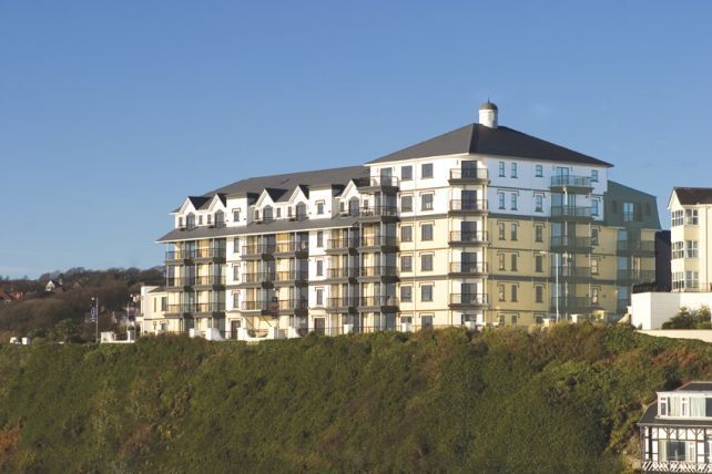 3 bed flat for sale in Kensington Place, Onchan
