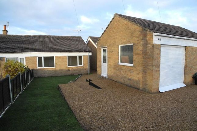 Thumbnail Bungalow to rent in Cranleigh Road, Lowestoft