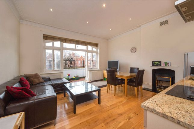 Thumbnail Flat to rent in Compayne Gardens, South Hampstead, London