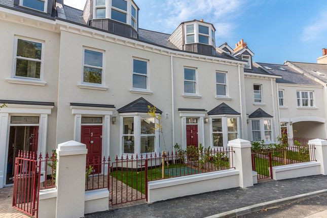 Thumbnail Terraced house to rent in Stanley Road, St. Peter Port, Guernsey