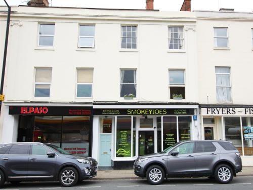 Thumbnail Flat to rent in Gladstone Court, Clarendon Avenue, Leamington Spa
