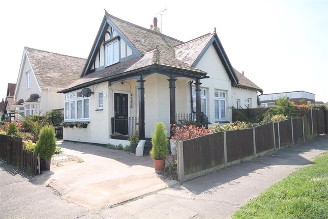 Thumbnail Bungalow for sale in Kings Avenue, Holland-On-Sea, Clacton-On-Sea