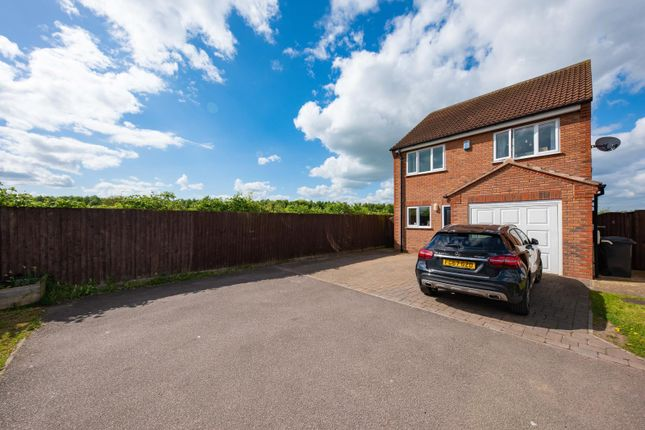 4 bed detached house to rent in Meadow View, Stapleford, Nottingham