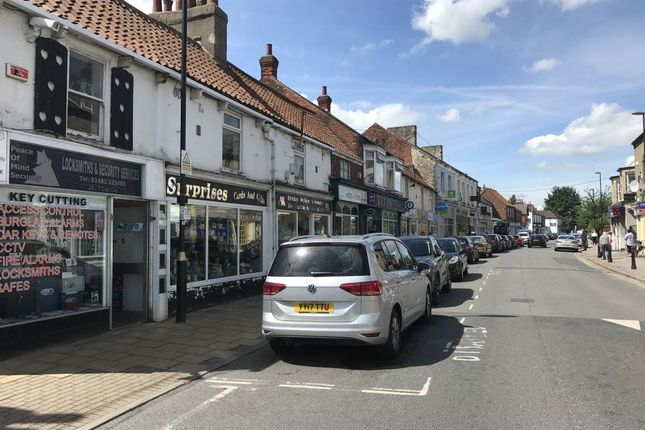 Thumbnail Property to rent in Hallgate, Cottingham