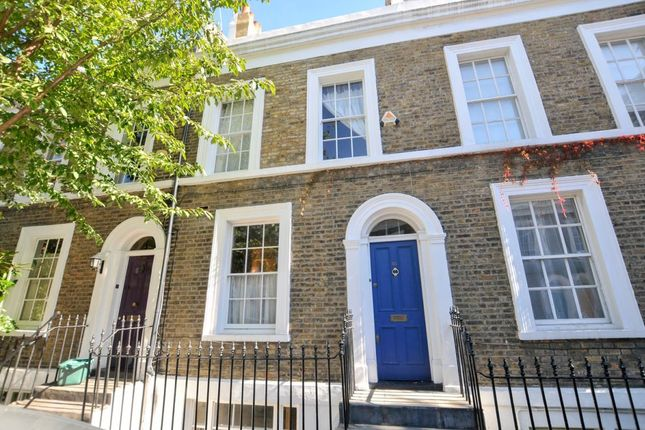 Thumbnail Flat to rent in Remington Street, London