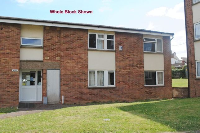 Thumbnail Flat for sale in Dell Place, Rushden