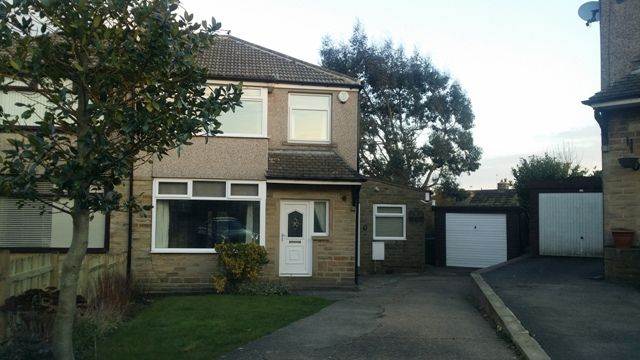 Thumbnail Semi-detached house to rent in Fairway Close, Bradford