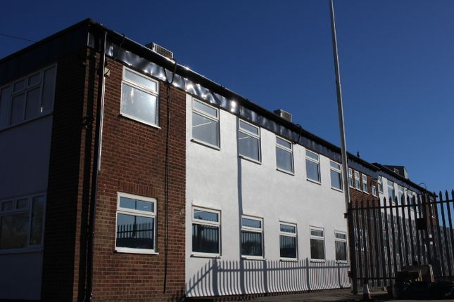 Thumbnail Warehouse to let in Essex Regiment Way, Chelmsford