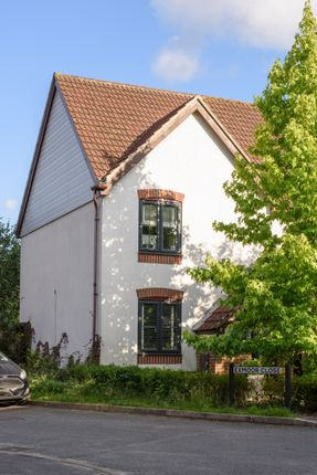 3 bed semi-detached house to rent in Exmoor Close, Whiteley, Fareham PO15