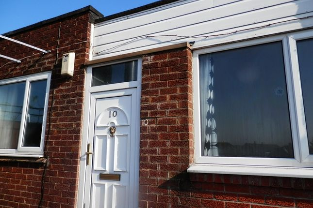 Thumbnail Flat to rent in Blackhorse Street, Blackrod, Bolton