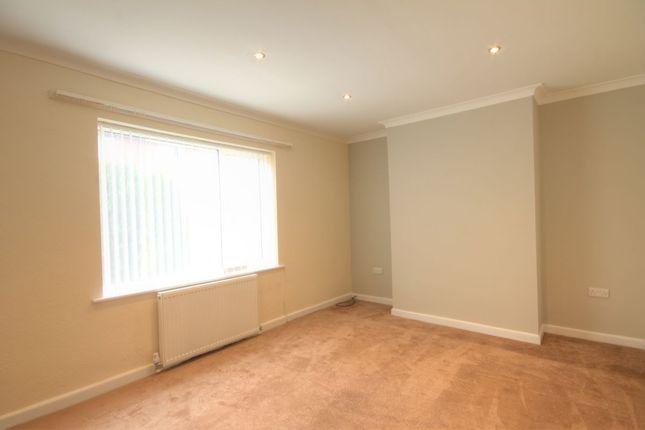 Thumbnail Semi-detached house to rent in Warwick Avenue, Moorside, Consett