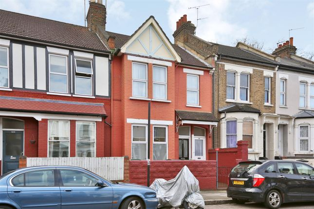 2 bed flat for sale in Vartry Road, London