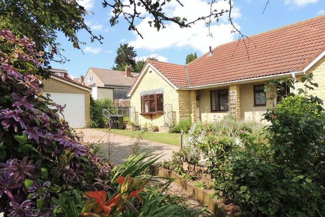 Thumbnail Bungalow to rent in Court View, Wick, Bristol